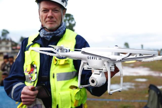 InfoCurse - drones